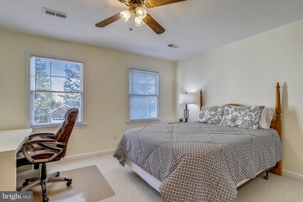 Bedroom #3 - 43207 SUMMITHILL CT, ASHBURN