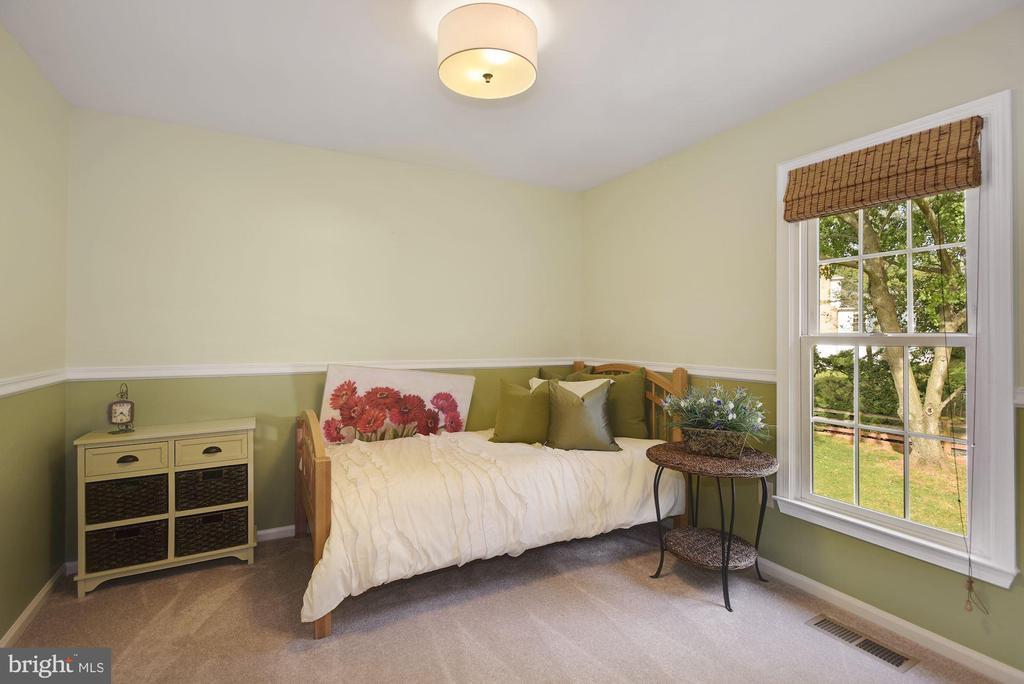 Bedroom #1 - 7 COLEMAN LN, STERLING