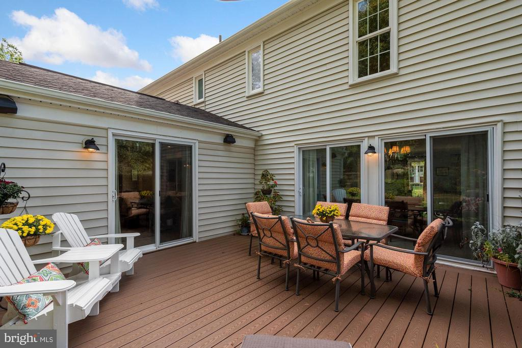 Newer sliding glass doors and new deck - 7 COLEMAN LN, STERLING
