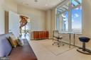 Secondary bedroom suite with walk-in closet - 8220 CRESTWOOD HEIGHTS DR #1916, MCLEAN