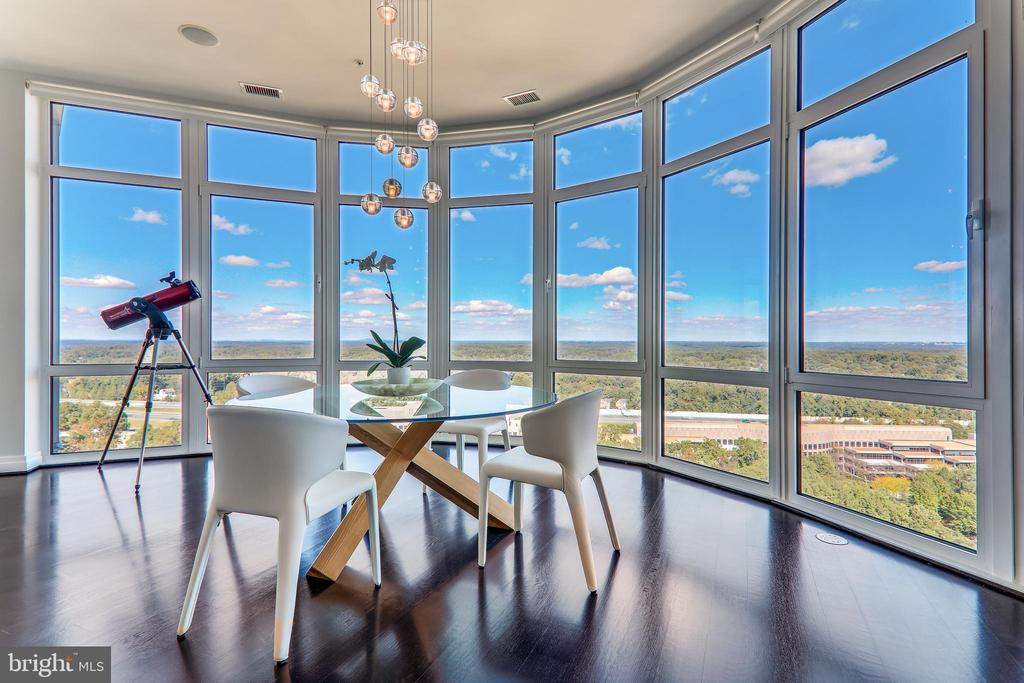 Unobstructed views from every room - 8220 CRESTWOOD HEIGHTS DR #1916, MCLEAN