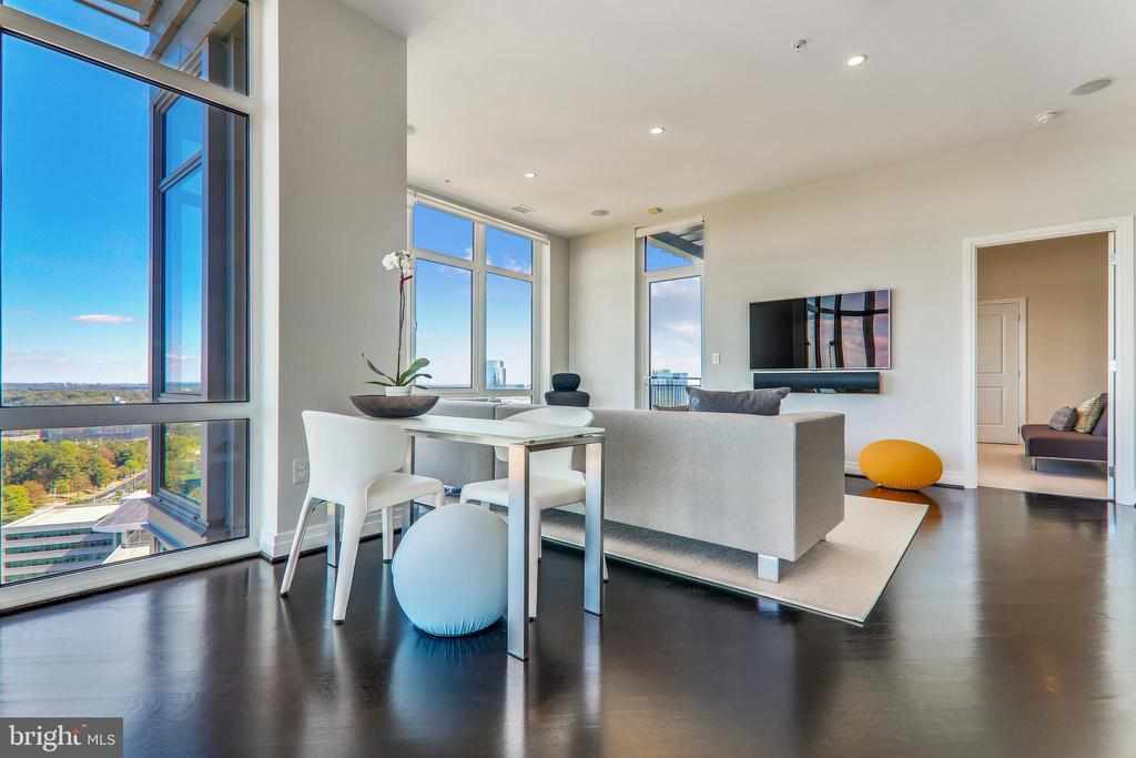 Floor to ceiling motorized drapery shades - 8220 CRESTWOOD HEIGHTS DR #1916, MCLEAN