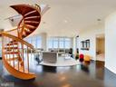 Spectacular spiral staircase to private terrace - 8220 CRESTWOOD HEIGHTS DR #1916, MCLEAN
