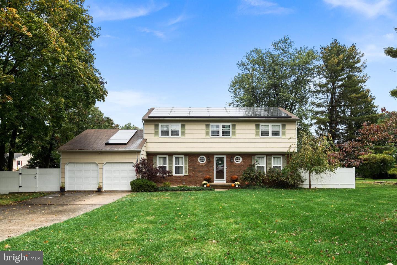 Single Family Homes için Satış at Ewing, New Jersey 08638 Amerika Birleşik Devletleri