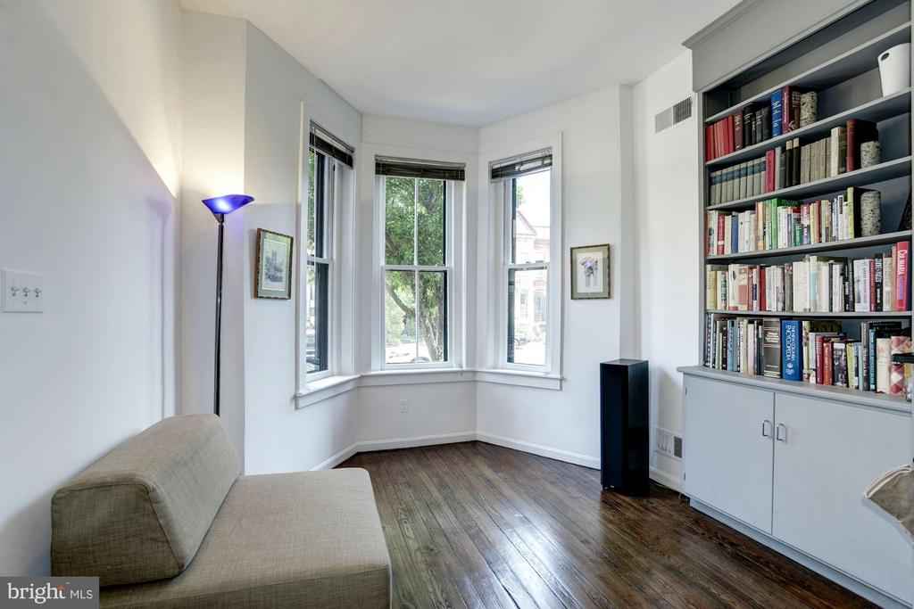 Main Level -  Living Room - 1928 15TH ST NW, WASHINGTON