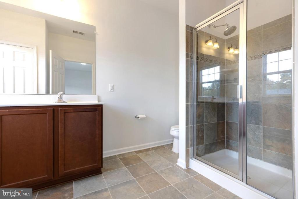 Owners Suite Bathroom - 42779 KEILLER TER, ASHBURN