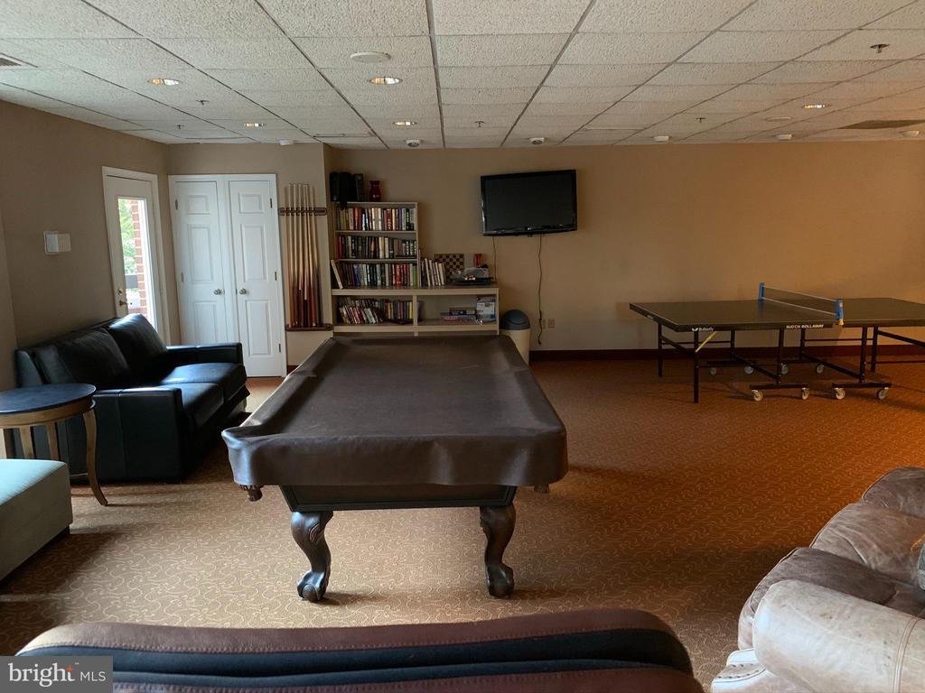 Rec Room - 1276 N WAYNE ST #308, ARLINGTON
