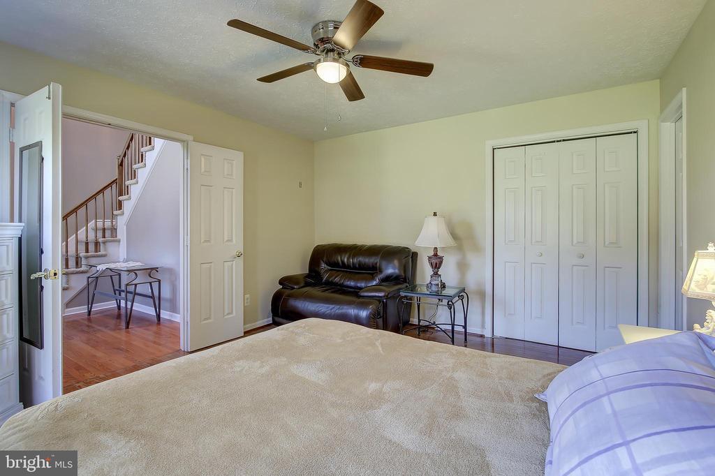 Easy access 4th Bedroom - 8 LITTLE ROCKY RUN LN, STAFFORD
