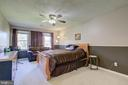 Spacious Owner's Suite - 8 LITTLE ROCKY RUN LN, STAFFORD