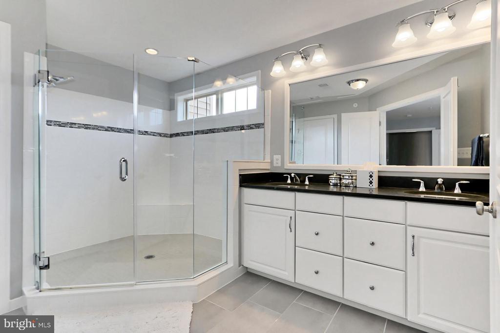 Primary Bathroom - 42643 LANCASTER RIDGE TER, CHANTILLY