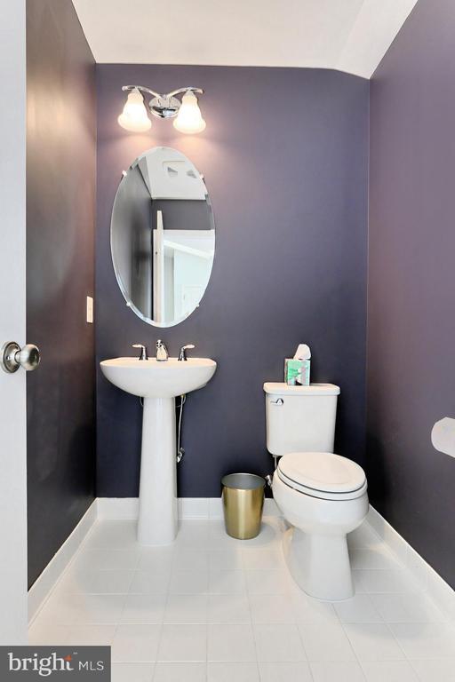 Half Bath Loft Level - 42643 LANCASTER RIDGE TER, CHANTILLY