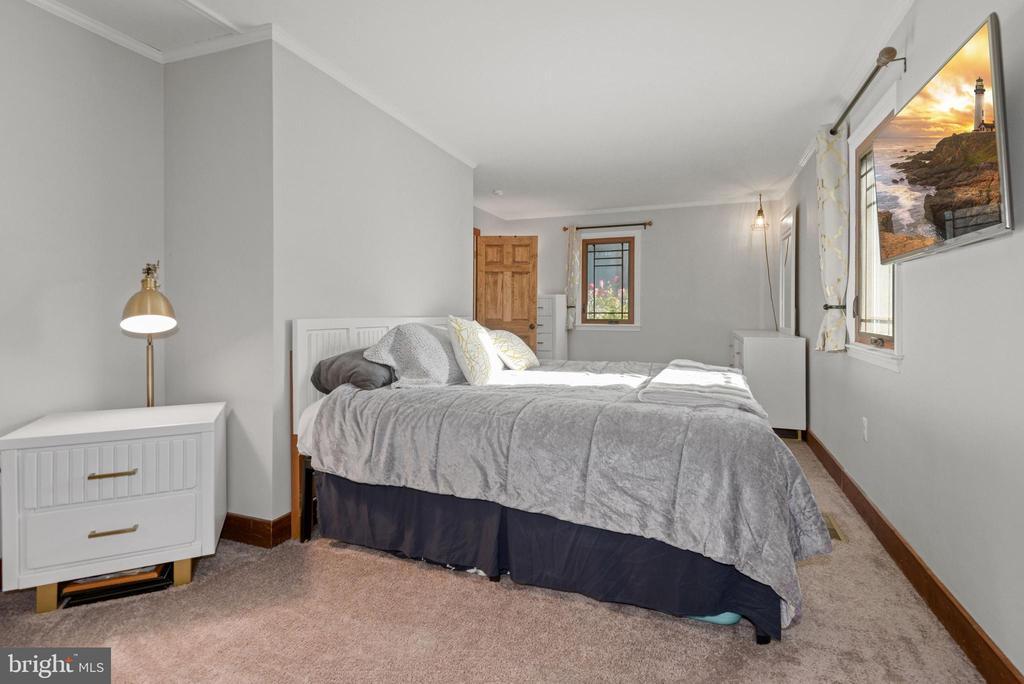 Master bedroom - 39852 THOMAS MILL RD, LEESBURG