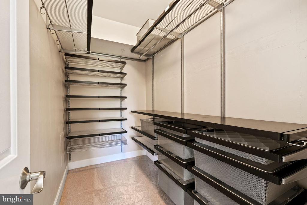 Custom Walk-in Closet - 3800 PORTER ST NW #302, WASHINGTON