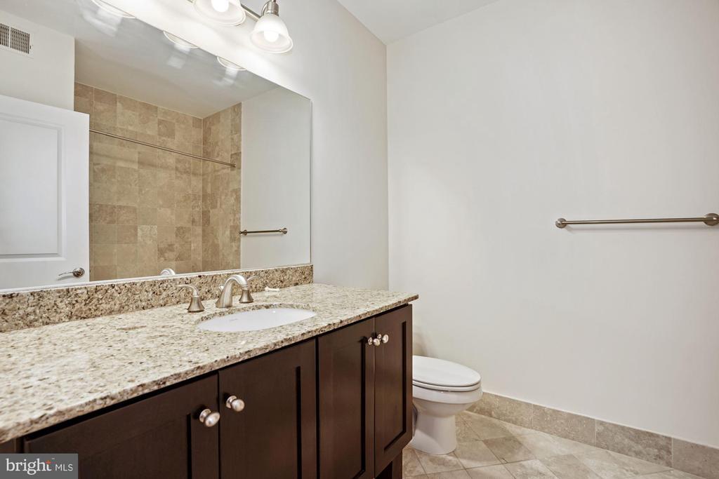 Second full bathroom - 1418 N RHODES ST #B113, ARLINGTON