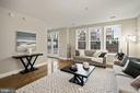 Living room - 1418 N RHODES ST #B113, ARLINGTON