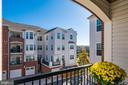 Curved archway at balcony - 9202 CHARLESTON DR #301, MANASSAS