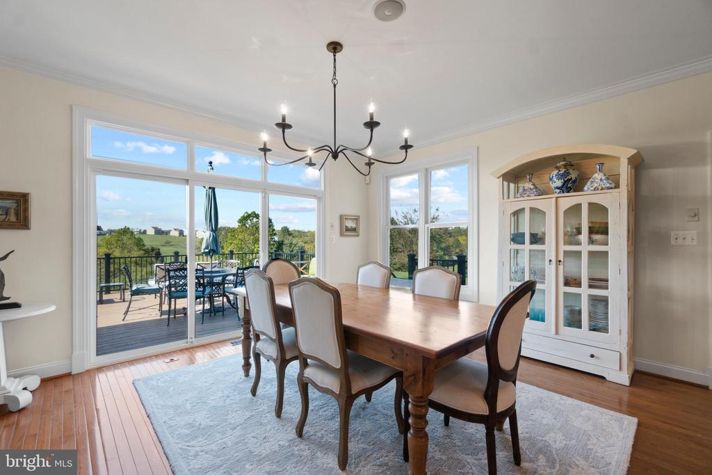 Sun Drenched Breakfast Room - 18109 OAK RIDGE DR, PURCELLVILLE