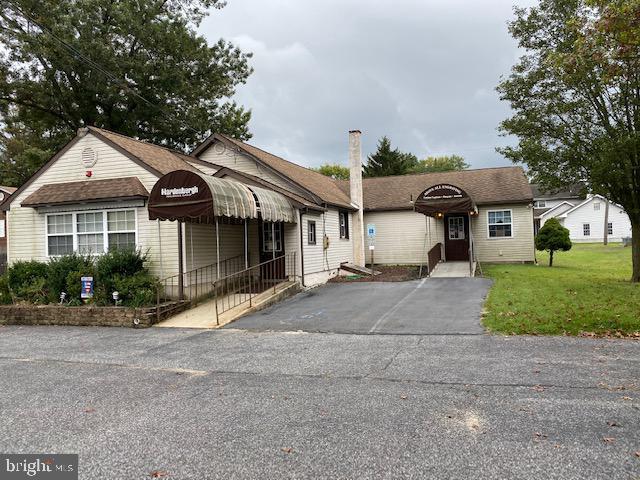 Single Family Homes для того Продажа на Gibbstown, Нью-Джерси 08027 Соединенные Штаты