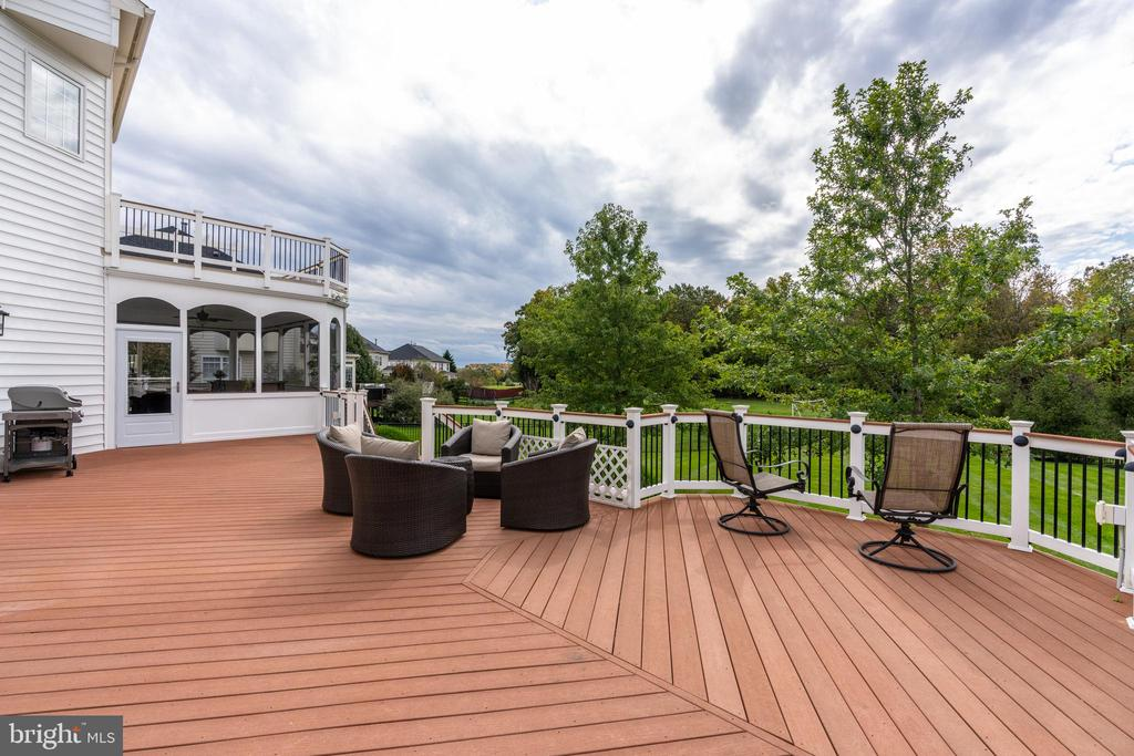 Deck - 42917 VIA VENETO WAY, ASHBURN
