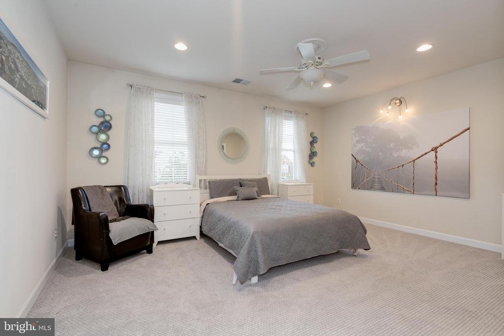 UL - Bedroom 2 - 42917 VIA VENETO WAY, ASHBURN