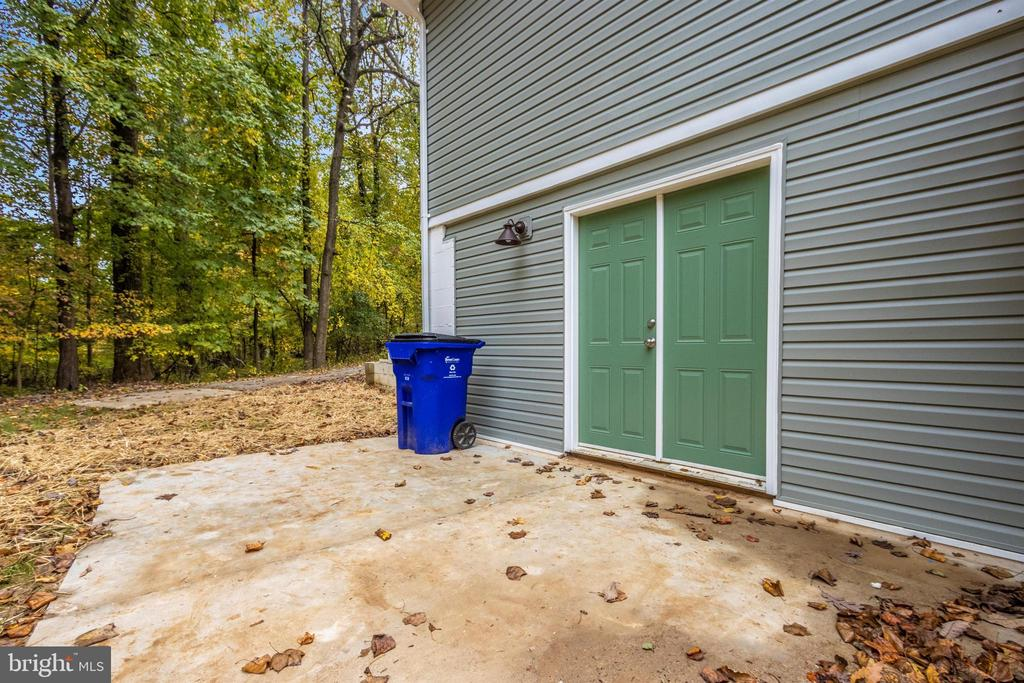 Patio - 2575 THOMPSON DR, MARRIOTTSVILLE