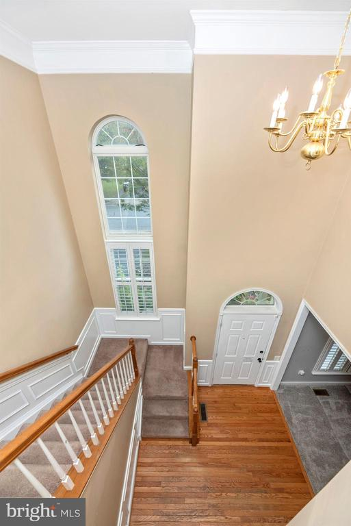 Upper Level Foyer View - 1772 ALGONQUIN RD, FREDERICK