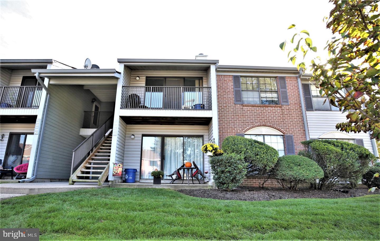 Single Family Homes のために 売買 アット Franklin Park, ニュージャージー 08823 アメリカ