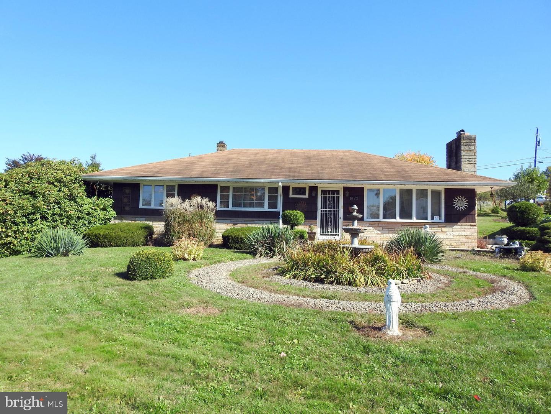 Single Family Homes for Sale at Dalmatia, Pennsylvania 17017 United States