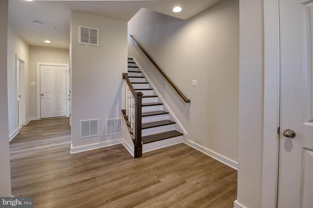Beautiful flooring! - 8819 SHADY PINES DR, FREDERICK