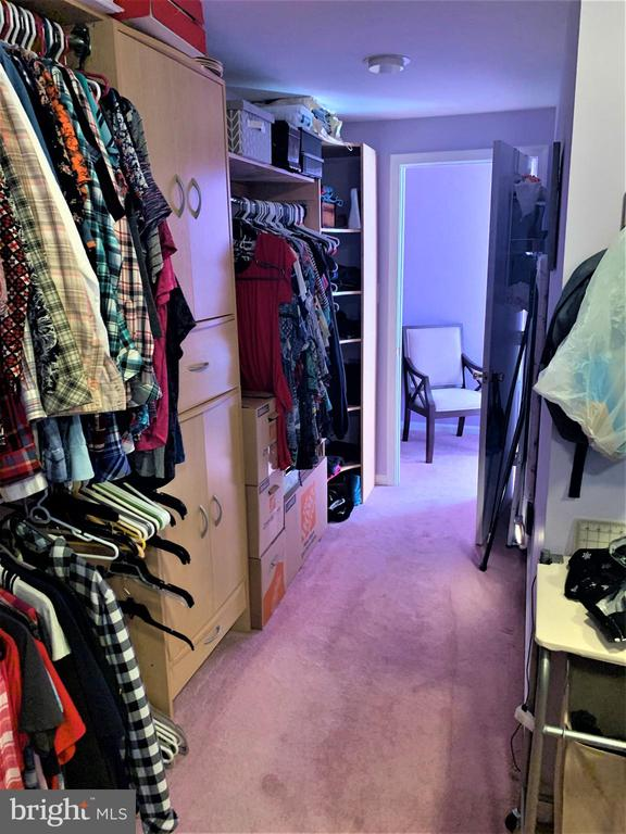 Master-Her Closet - 9115 FISHERMANS LN, SPRINGFIELD