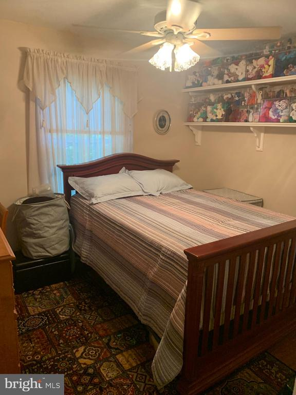 Bedroom #3 - 9115 FISHERMANS LN, SPRINGFIELD
