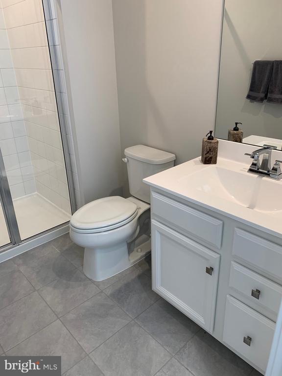Basement full bath - 11356 WILLOW GREEN CIR, MANASSAS