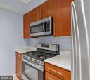 Stainless Steel Appliances - 1021 N GARFIELD ST #531, ARLINGTON