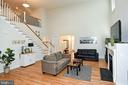 Large Light & Bright Family Room - 2522 SWEET CLOVER CT, DUMFRIES