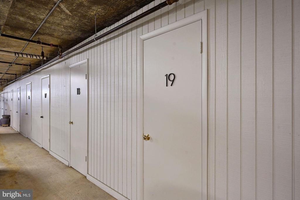 Storage - 1401 N OAK ST #608, ARLINGTON