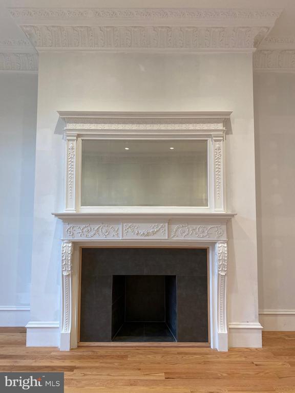 Multiple Decorative Fireplaces - 2211 MASSACHUSETTS AVE NW, WASHINGTON