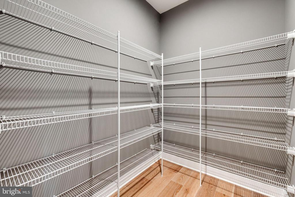 One of three walk in closets - 600 W K ST, PURCELLVILLE