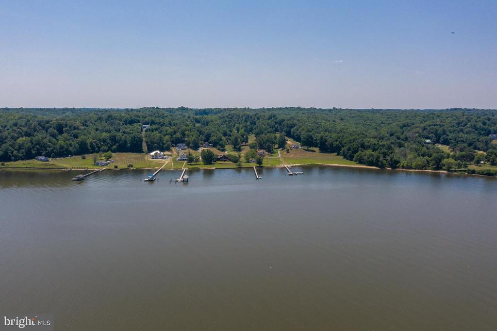 View of the waterfront community - 2632 LYNN ALLEN RD, KING GEORGE