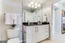 Recently renovated bathroom - 1021 N GARFIELD ST #714, ARLINGTON
