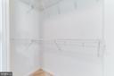 Walk in closet - 1021 N GARFIELD ST #714, ARLINGTON