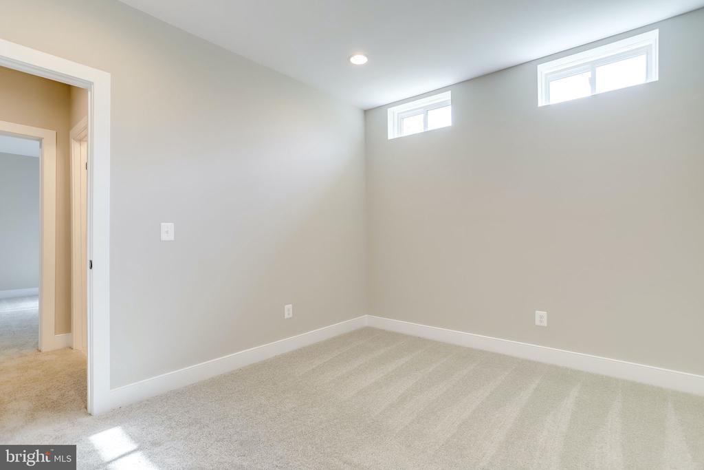 Bonus basement room - 224 N NELSON ST, ARLINGTON