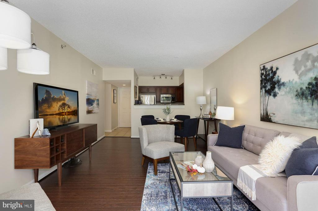 Living Room - Open, Light, Bright, & Spacious! - 1001 N RANDOLPH ST #214, ARLINGTON