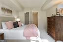 Bedroom - Brand New Carpet & Freshly Painted! - 1001 N RANDOLPH ST #214, ARLINGTON