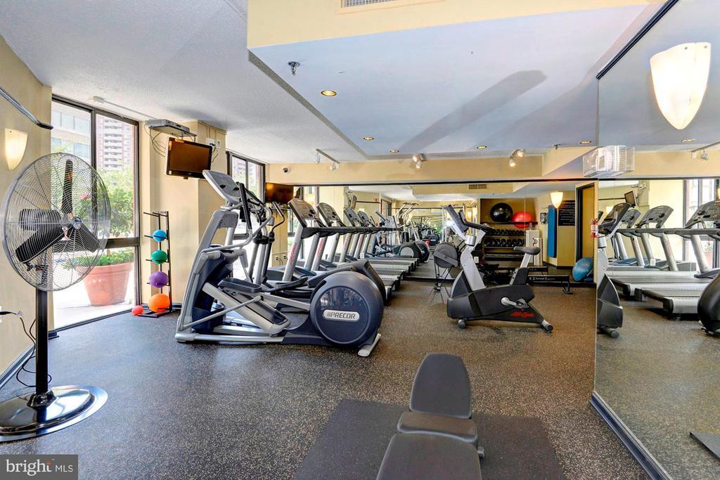Fitness Center with Cardio & Weights - 1001 N RANDOLPH ST #214, ARLINGTON