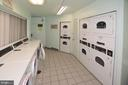 Laundry Facility - 2016 N ADAMS ST #401, ARLINGTON