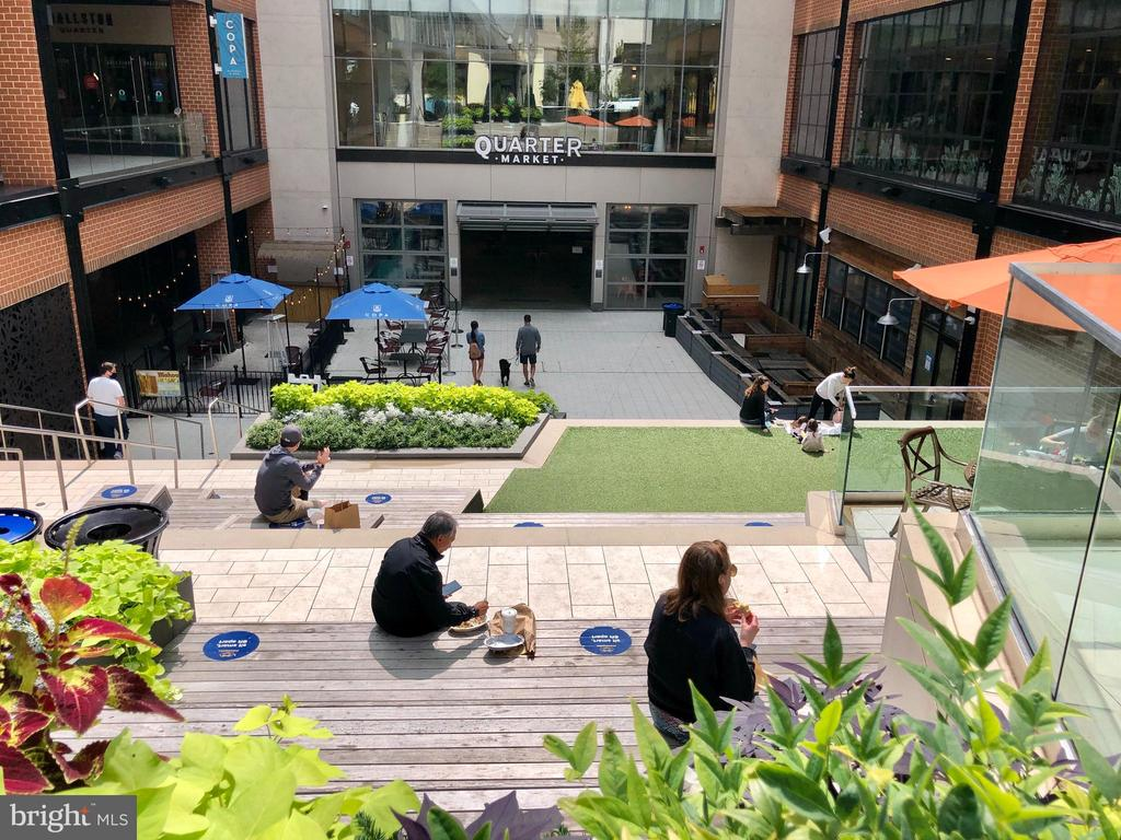 Open spaces in Ballston for eating, lounging - 1174 N VERNON ST, ARLINGTON