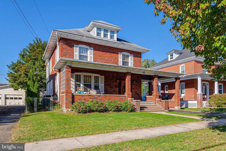 Single Family Homes のために 売買 アット Boonsboro, メリーランド 21713 アメリカ