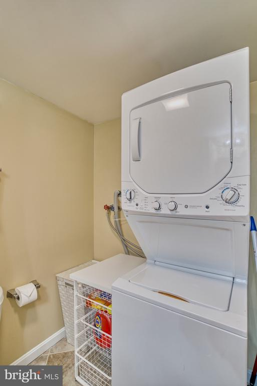 Laundry! - 4819 27TH RD S #2503, ARLINGTON