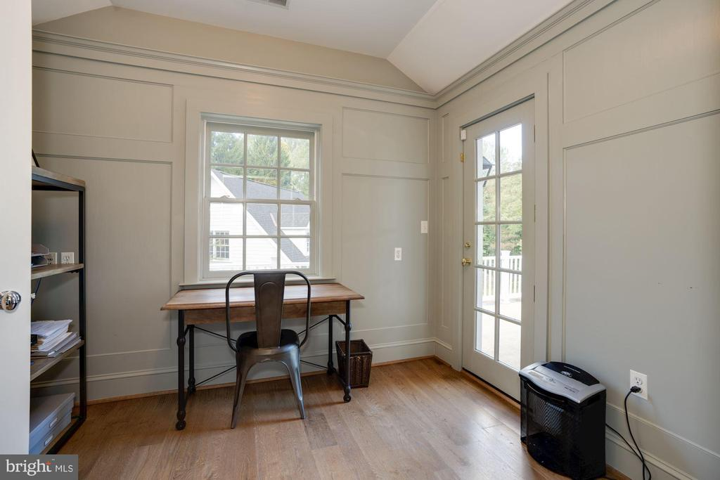 Master Sitting Room/ Office - 1201 TOWLSTON RD, GREAT FALLS