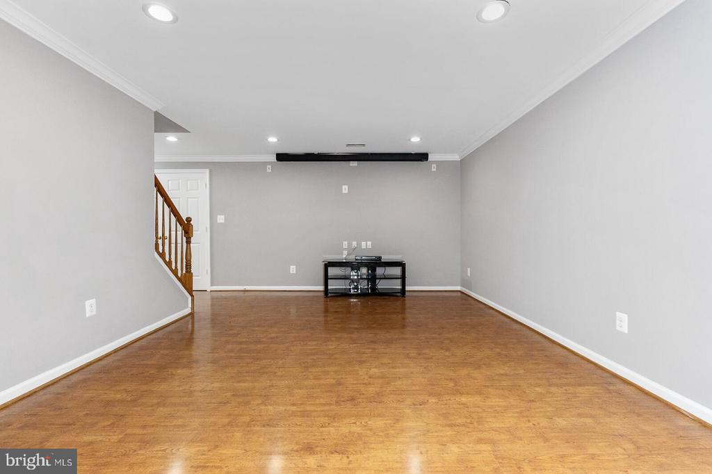 Basement Right Room - 20588 TANGLEWOOD WAY, STERLING